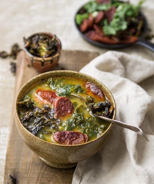 portugalska zupa z jarmuzem